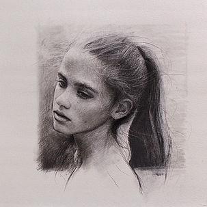Portret van Lisa, 40x40cm, 2014. Houtskool op papier.
